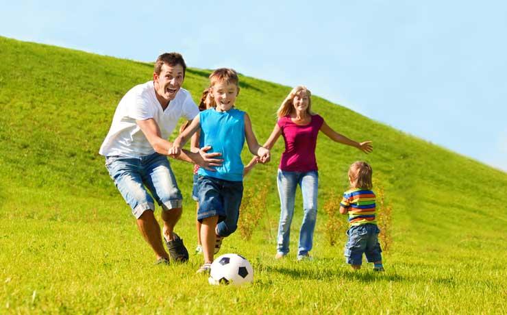 FAMILY & FRIENDS SUMMER GETAWAY