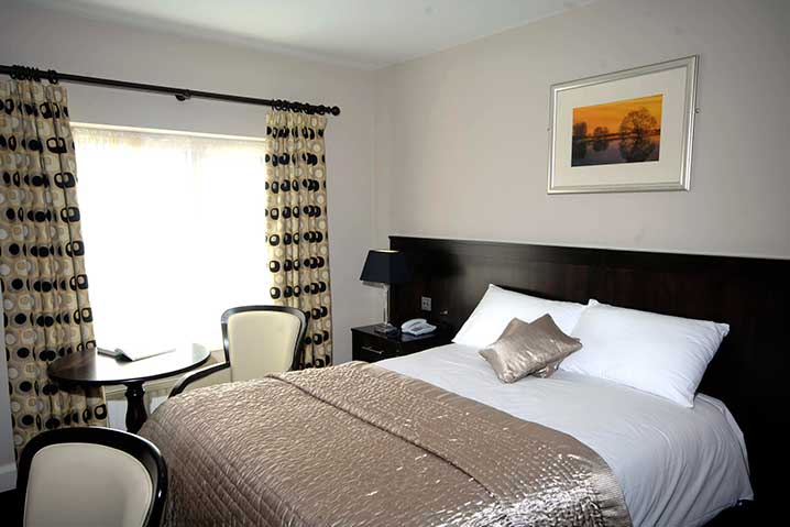 killarney court hotel double room